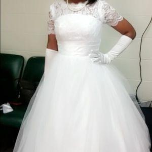 Dresses & Skirts - Formal evening dress